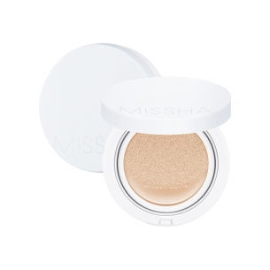 M Magic Cushion Moisture